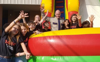 Vermilion Parish Sheriff's Office Celebrates D.A.R.E Program Graduation with Students